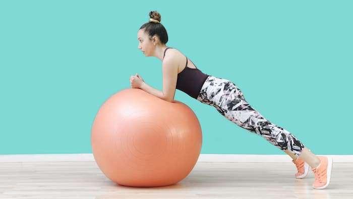 อุปกรณ์ออกกำลังกายในบ้าน, ออกกำลังกายที่บ้านง่ายๆ