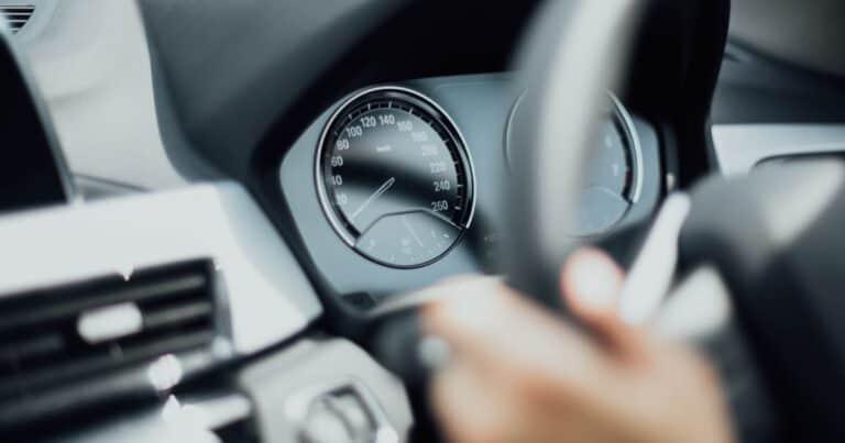 วิธีขับรถให้นิ่ง, เทคนิคการขับรถ