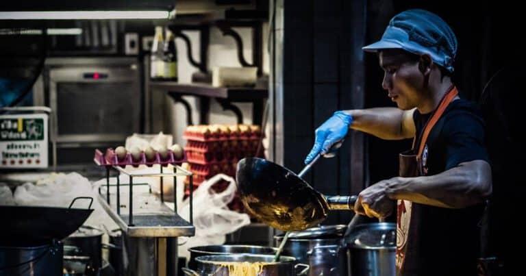 ผัดไทยอร่อย, ร้านผัดไท