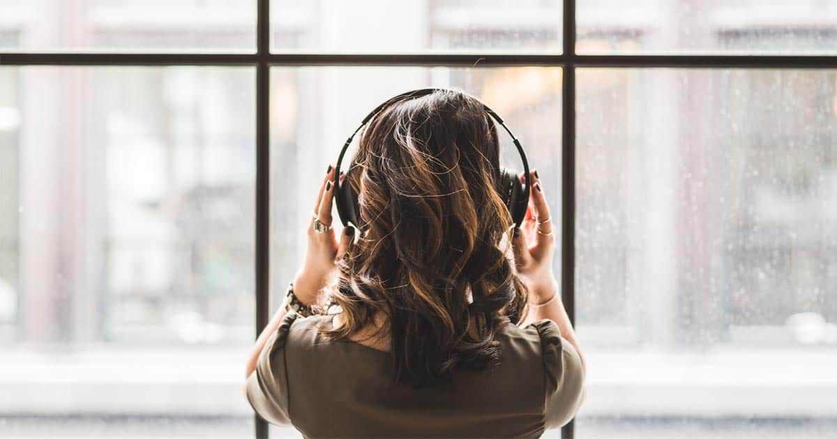 15 เพลงบรรเลงนั่งสมาธิที่ช่วยให้คุณมีสมาธิได้ง่ายขึ้นใช้ได้ทุกที่ ทุกเวลา