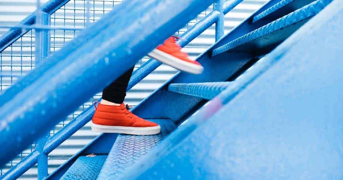 รองเท้าเพื่อสุขภาพผู้หญิงยี่ห้อไหนดี, รองเท้าเพื่อสุขภาพ heel care