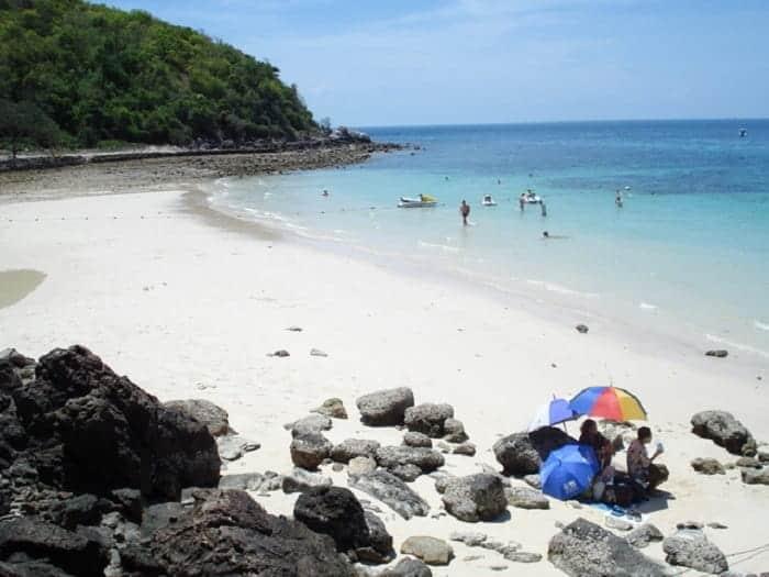 เกาะล้านหาดไหนสวย, เกาะล้านมีกี่หาด