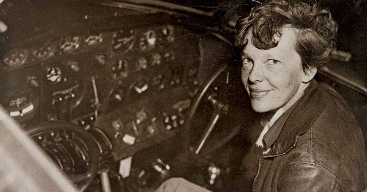 Amelia Earhart นักบินหญิงคนแรก กับการบินข้ามมหาสมุทรแอตแลนติก