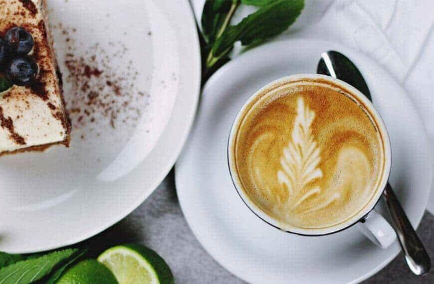 7 ขนมที่กินกับกาแฟแล้วอร่อย ยิ่งกินยิ่งอร่อย จิบคู่กันแล้วฟิน !