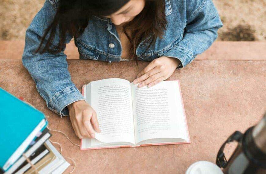 7 หนังสือน่าอ่านฟรี สำหรับวัยรุ่นยุคใหม่ที่สนใจพัฒนาตนเอง