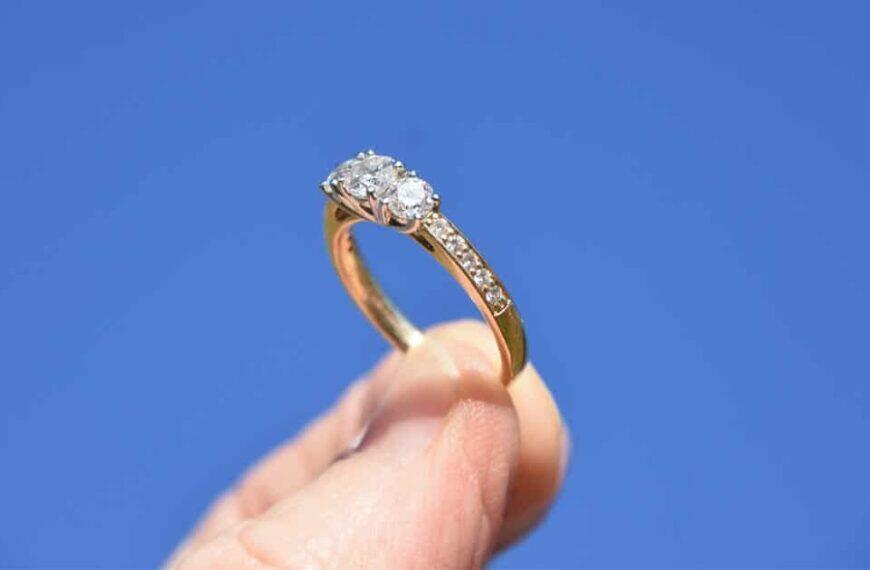 ควรใส่แหวนนิ้วไหนดี ? อยากโชคดี มีเสน่ห์ ต้องใส่ให้ถูกนิ้ว !