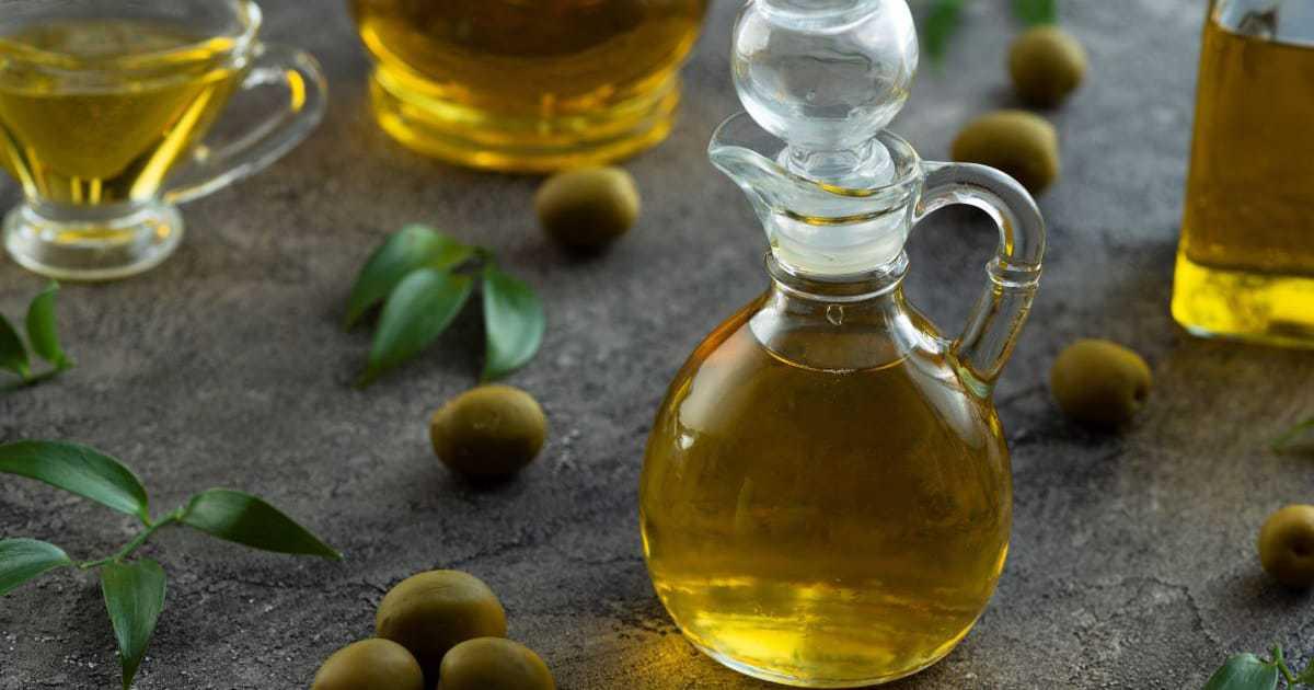 น้ำมันมะกอกยี่ห้อไหนดี ? รวมยี่ห้อแนะนำพร้อมประโยชน์ที่เราควรมีติดครัวไว้ !
