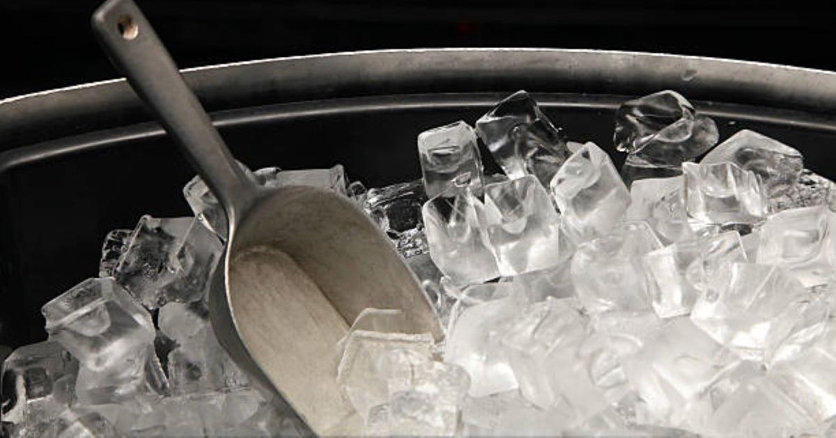 เครื่องทำน้ำแข็งยี่ห้อไหนดี, เครื่องทำน้ำแข็งหลอด
